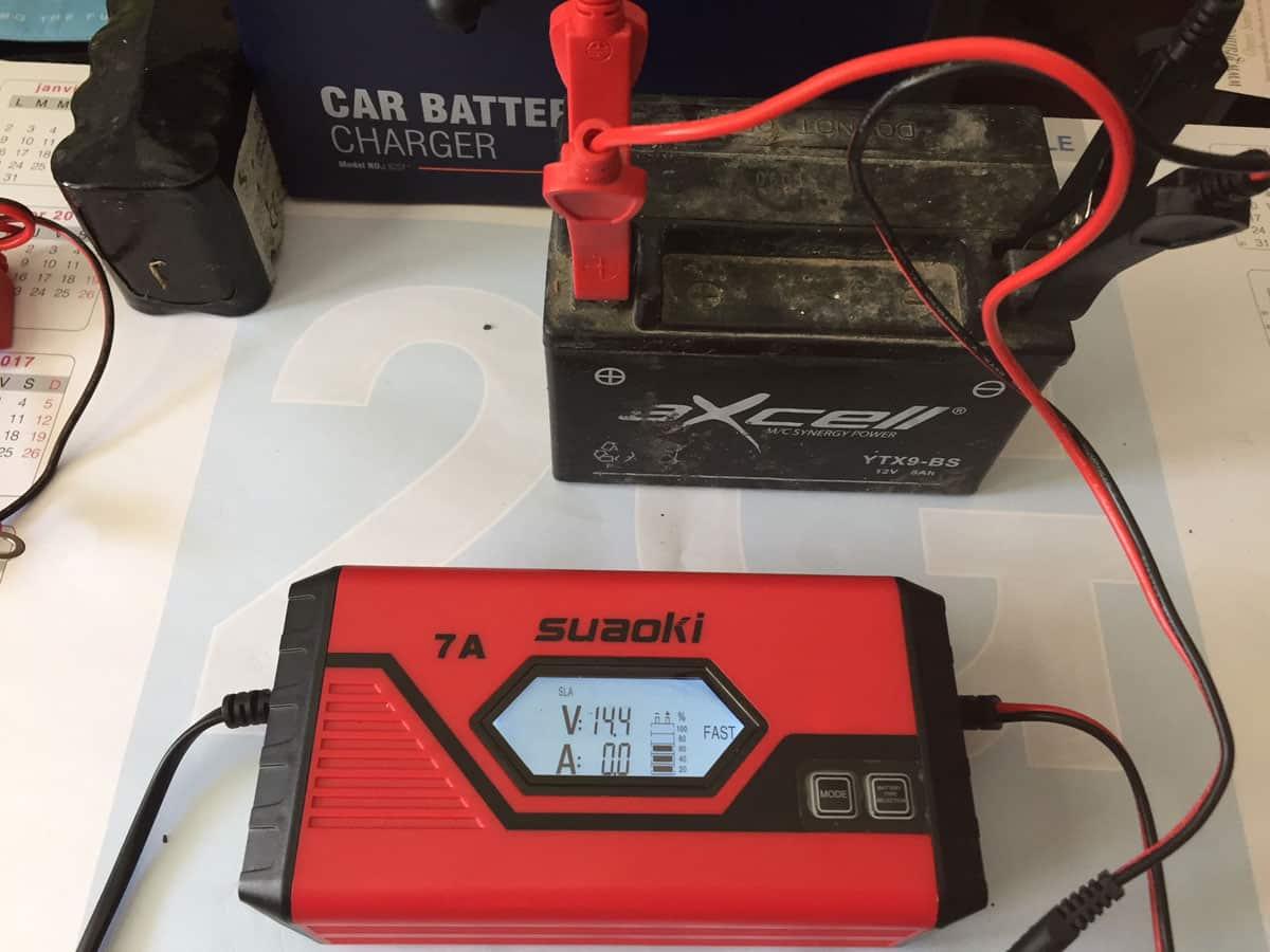 SUAOKI-chargeur-de-batterie